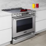 Picking Between Electric And Gas Oven