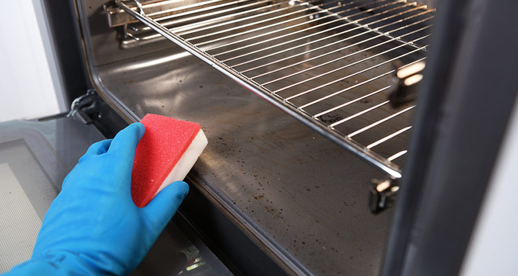 Ovens Cleaning Tips
