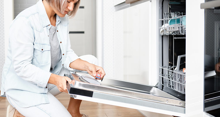 How to Use Your Dishwasher and Washing Machine to Sanitize